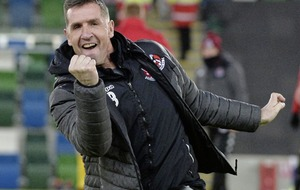 "Larne as ""in it to win it"" says Crusaders boss Stephen Baxter"