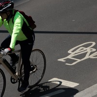 Google Maps to offer biking and ride-sharing combination options