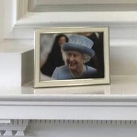 Queen Elizabeth's portrait back on display at Stormont House