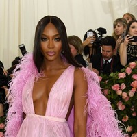 Naomi Campbell remembers 'King' Michael Jackson on anniversary of his birth