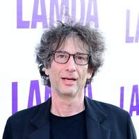 Neil Gaiman leads tributes to Doctor Who writer Terrance Dicks