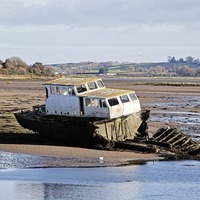 Abandoned boat to be removed from Dundrum Bay after a decade