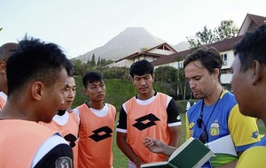 Globe-trotting Belfast coach Paul Munster lands new job in top Indonesian league