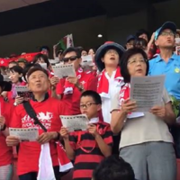 Japanese fans sing Welsh anthem as thousands flock to World Cup training session