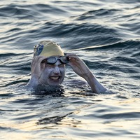 Woman becomes first person to swim across English Channel four times non-stop