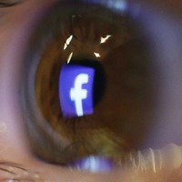 Facebook to name first oversight panel members by end of year