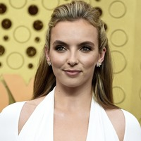 Emmys 2019: Jodie Comer and Phoebe Waller-Bridge hit the purple carpet