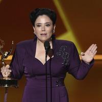 Maisel star Alex Borstein dedicates Emmy to Holocaust survivor grandmother