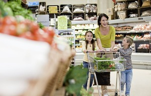 Shoppers forego 'big shop' for more frequent supermarket visits says Kantar
