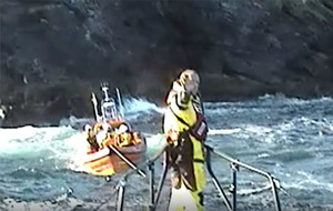 Video: Clifden RNLI rescues shipwrecked sailor from Inishark Island