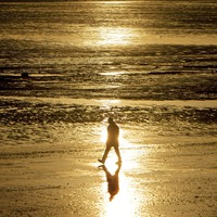 New research suggests coastal living linked with better mental health