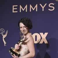 Phoebe Waller-Bridge refuses to put down her Emmys in Saturday Night Live promo
