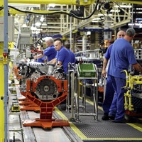 Manufacturers suffer significant slump amid 'unrelenting uncertainty'