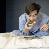 A good night's sleep may slash sweet cravings