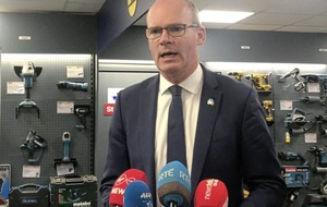 Simon Coveney says it's 'difficult but possible' to get Brexit deal before EU summit