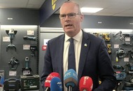 Tánaiste Simon Coveney 'not aware' criminals were paid protection money by council