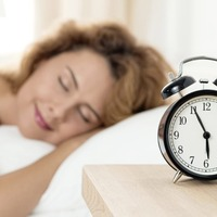 How to combat disrupted sleep and SAD when clocks go back