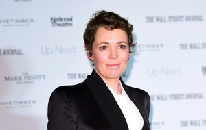 Olivia Colman admits husband stole loo roll from Buckingham Palace