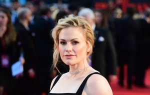 Anna Paquin dazzles on The Irishman red carpet