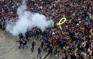 Night of clashes between activists and police over conviction of Catalan separatist leaders,