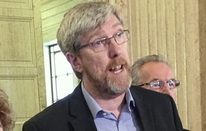 Sinn Fein 'shut down internal debate' over John O'Dowd challenge to Michelle O'Neill