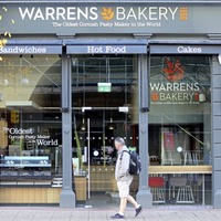 Warrens Bakery closure adds to Royal Avenue retail woe