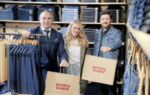 Levi's store opening brings 15 new jobs to Boulevard