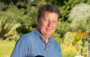 Bill Turnbull to soothe pets on Guy Fawkes Night