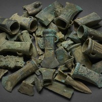 'Exceptional' hoard of Bronze Age treasure goes on display