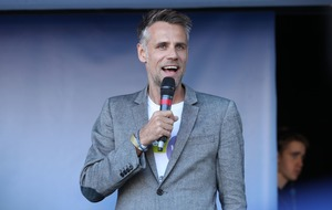 Richard Bacon opens up about ongoing struggle with alcohol