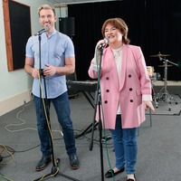 Susan Boyle and Jai McDowall beam in first photos from UK tour rehearsals
