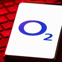 O2 trialling outlets within Next stores