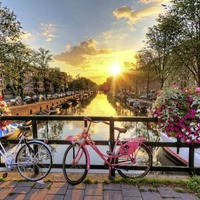 Breaks: Amsterdam made easy