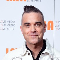 Robbie Williams announces more musical plans for Christmas