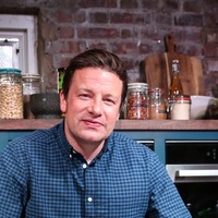 Hollywood stars to join Jamie Oliver on Friday Night Feast