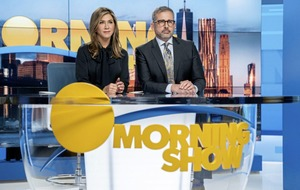 Jennifer Anniston and Reese Witherspoon on new Apple TV+ drama The Morning Show