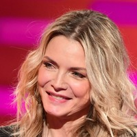 Michelle Pfeiffer shares selfie with husband on wedding anniversary