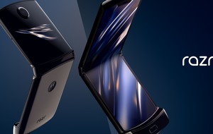 Motorola revives Razr flip phone with foldable screen