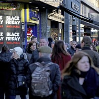 Consumers unexpectedly cautious with spending in October says ONS