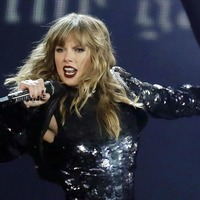 Why is Taylor Swift arguing with Scooter Braun and Scott Borchetta again?