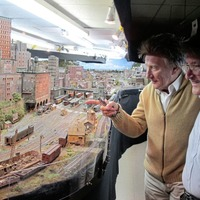Sleb Safari: Rod Stewart and his downtown model train set