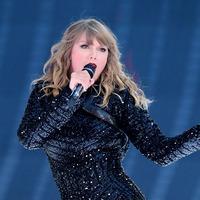 Taylor Swift's former record label hits back over singer's awards ban claim