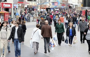 High street chains closed nearly 6,000 stores in 2019