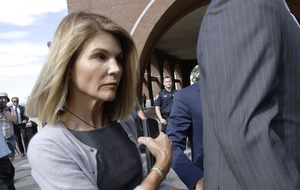 Lori Loughlin and husband fighting new charges in admissions case