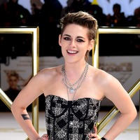Kristen Stewart shimmers at Charlie's Angels premiere