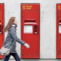 Royal Mail shares plunge after delays in transformation plan