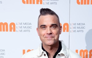 Robbie Williams reveals he will be voting for the first time