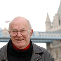 Clive James: Avuncular Australian TV host who never stopped writing
