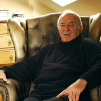 Broadcaster Clive James died 'a month after he laid down his pen'