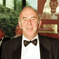 Bernie Ecclestone: Clive James a person you could only fall in love with